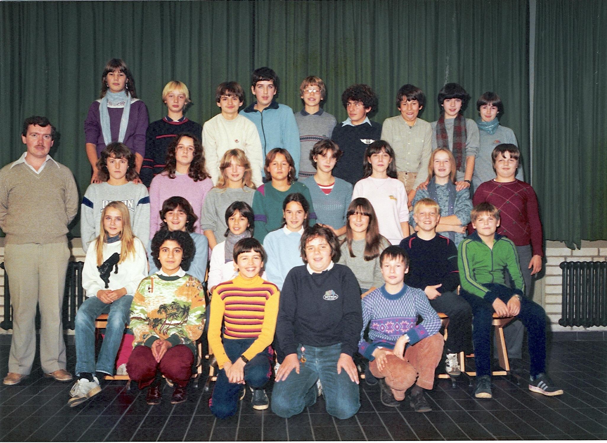 20080226_1483524202_klassenfoto-1982.jpg